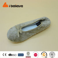 Advanced design fake animal fur soft women dance shoes comfortable and casual flat shoes
