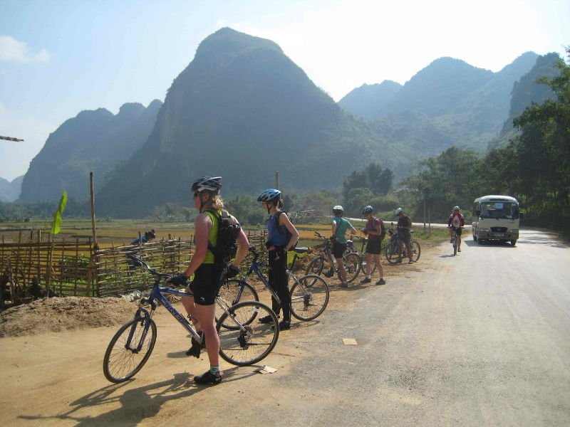 TRANS VIETNAM BIKING TOUR