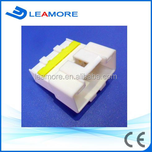 Automotive male / white color 16 pins power window connector for Hyundai IX35 /I30 /Veloster /Avento
