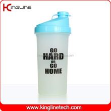 700ml plastic protein shaker bottle BPA free with filter (KL-7013)