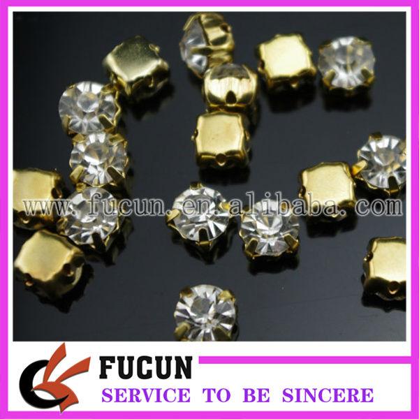 rhinestone with claw clear plating gold.jpg