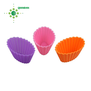 Colorful 3D Non-sticky Star Shaped Silicone Cake/Muffin Bake Cup