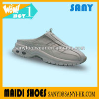 New Designer--Air Walk Sport Casual Shoes with Holes with Flexible TPR Outsole from China