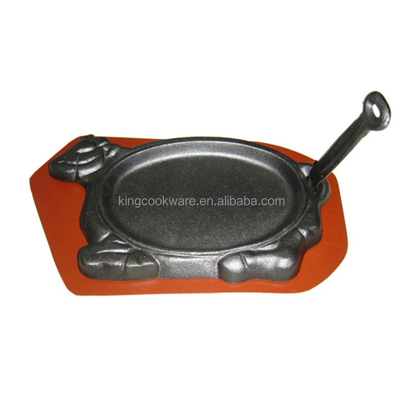 Cast Iron Sizzling Pan With Tray