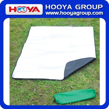 2 * 1.5m Double-Sided Moistureproof Camping Mat
