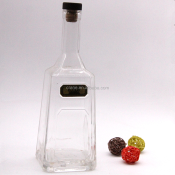 700ml square vodka glass bottle with stopper and metal logo
