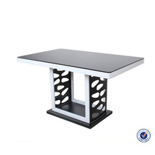 Modern black lacquered and high glossy mdf popular dining room table