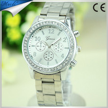 Newest Famous Branded Luxury Golden Silver Rose Wristband Rhinestone Business Alloy Geneva Men Women Watches GW0014
