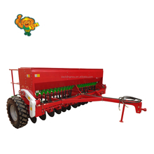 Tractor trailed wheat seeder with hydraulic control
