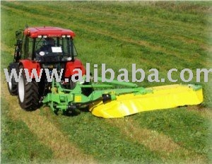 Disc mower with central suspension