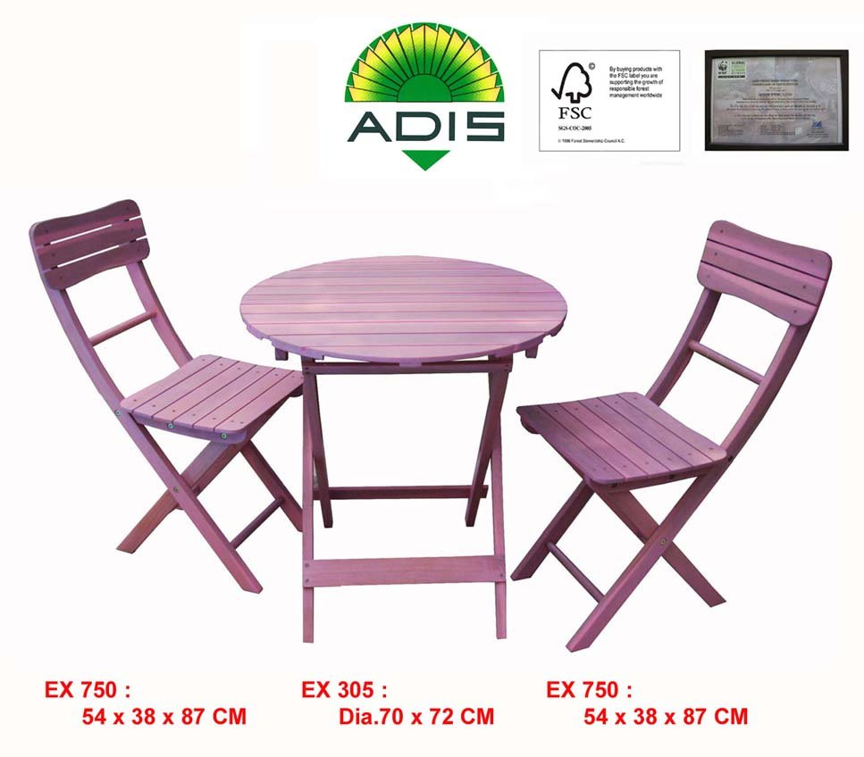Bistro set composed: 01 bistro round table and 02 folding chairs