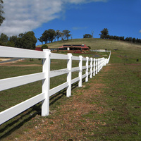 Flexible PVC White Three Rail Horse Racing Paddock Fence With High Quality