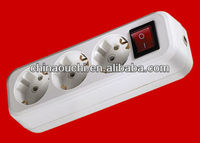 European style 3 way extension socket with switch (SR-5810)
