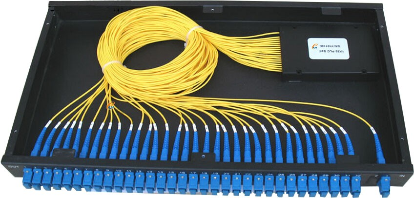 "0.9mm /2.0mm/3.0mm FTTH Passive Optical Network (PON) 19"" 1U Rack mounted PLC Splitter 1x32 for CATV with SC/pc connector"