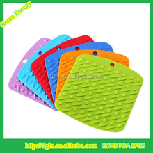 Silicone Rubber Hot Mats/ Pot Holder,Heat Resistant Kitchen Utensils silicone hot pot pad