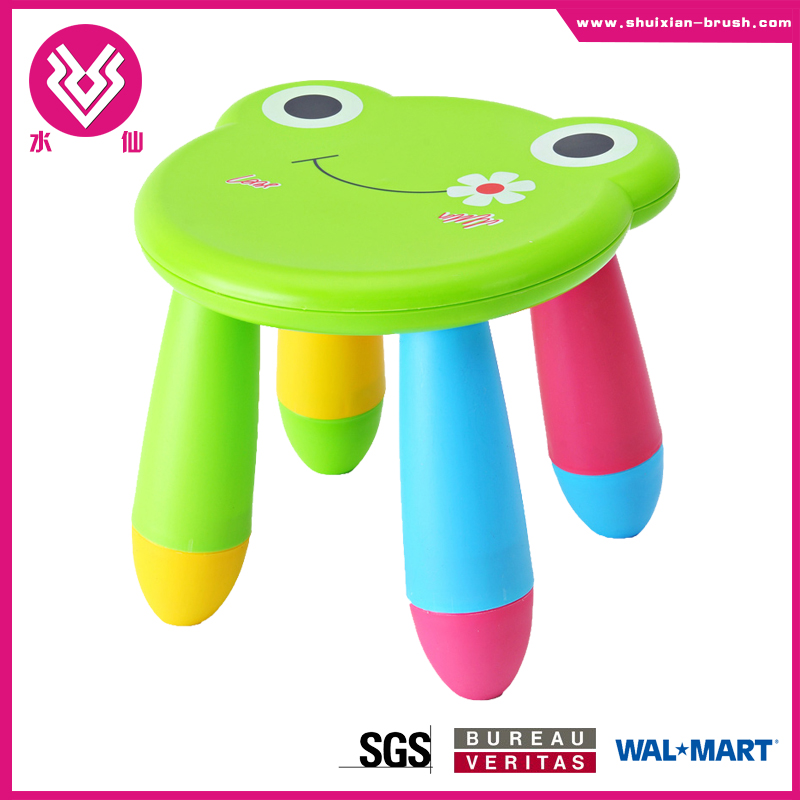 2015 hot selling cnvenient for carry animal shaped plastic stool