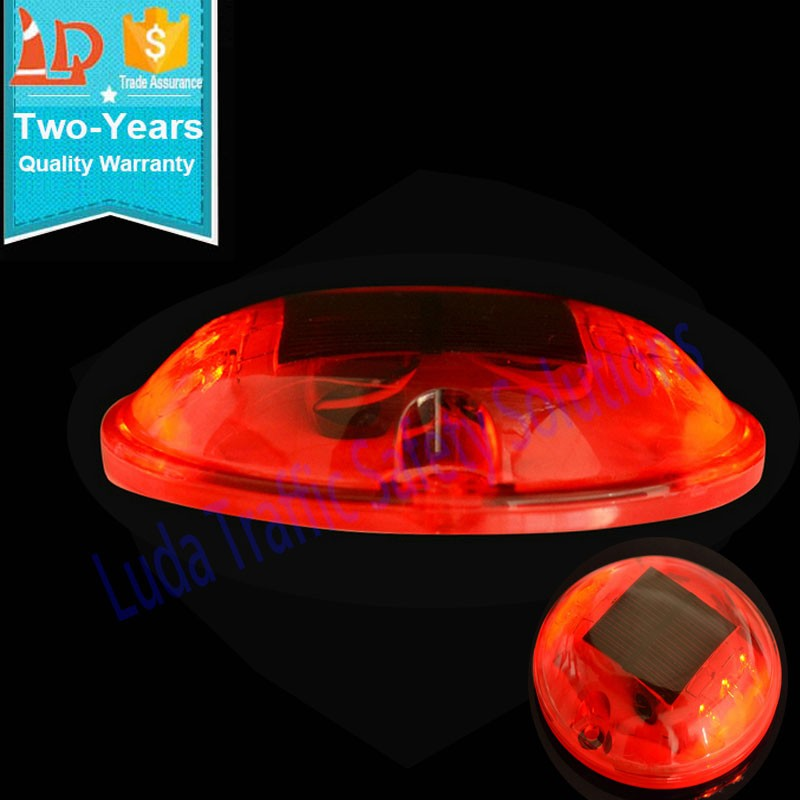 LED Solar Red Reflectors On Highway