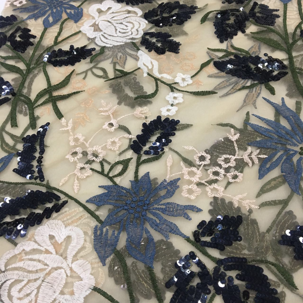 2018 fashion fancy embroidery sequins fabric