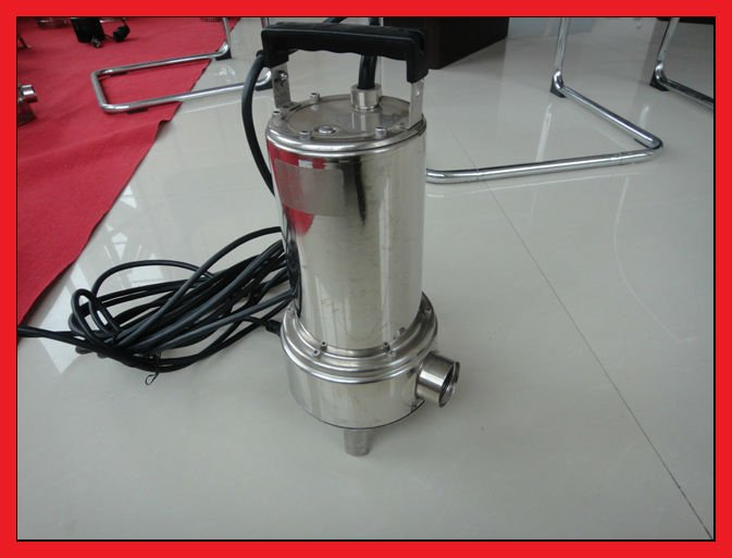 Sewage and waste water pump for small discharge pipes