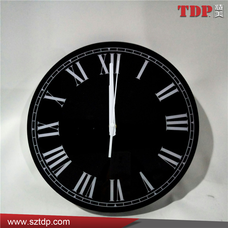Shenzhen Factory Luminous Black Round Plexiglass Wall Clock