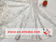 2016 White embroidered elegant design tulle lace fabric for bridal