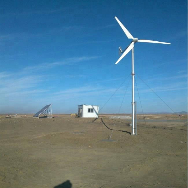 5kw off grid hybrid system 2kw horizontal <strong>wind</strong> <strong>turbine</strong> and 3kw solar panel <strong>wind</strong> up mechanism