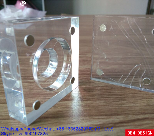Clear acrylic magnet coin display stand