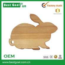 Customized Cheap Animal Rabbit shape wooden cutting board