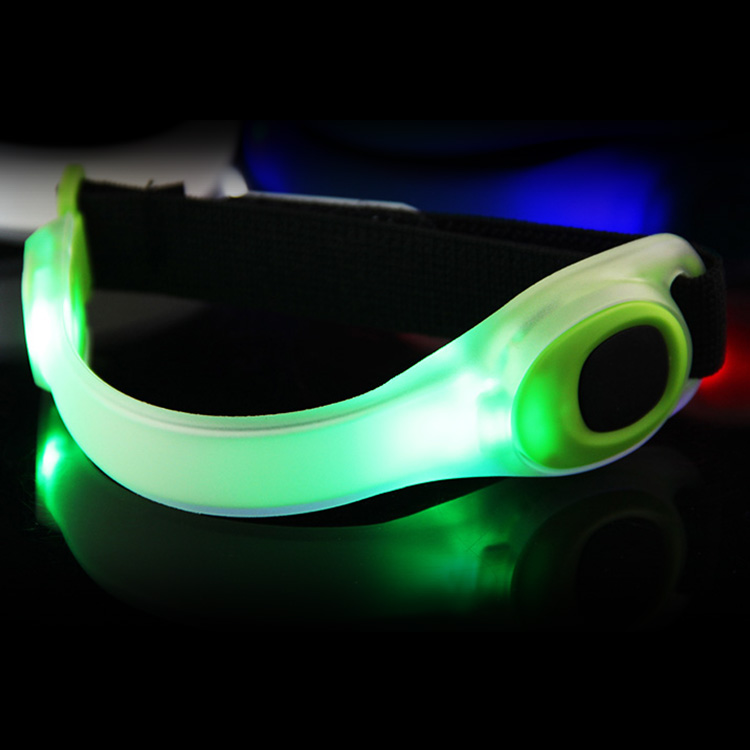 outdoor sports equipment flashing led light,reflective led light for night cycling walking