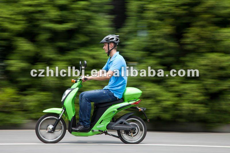 300cc scooter trikes CE/EEC high speed long range two wheel hub motor electric scooter with pedals for sale
