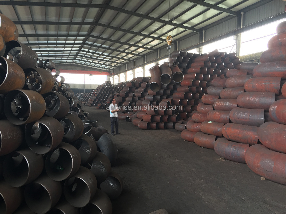 Professional irrigation pipe fittings flexible rubber joint made in China