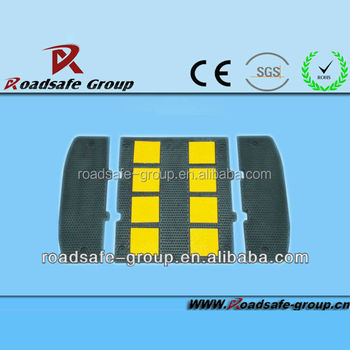 Road safety rubber speed bump/road blocker/safety equipment