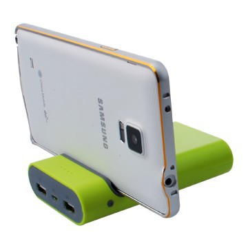 2015 Innovation Design Quality Products New Power Bank With Cell Phone Clip 8400mah