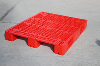 Red color single faced plastic pallet 1.00m x 1.20m that could work in racking system