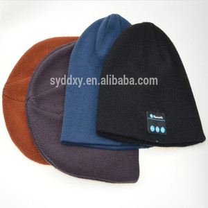 Beanie hat bluetooth headphones