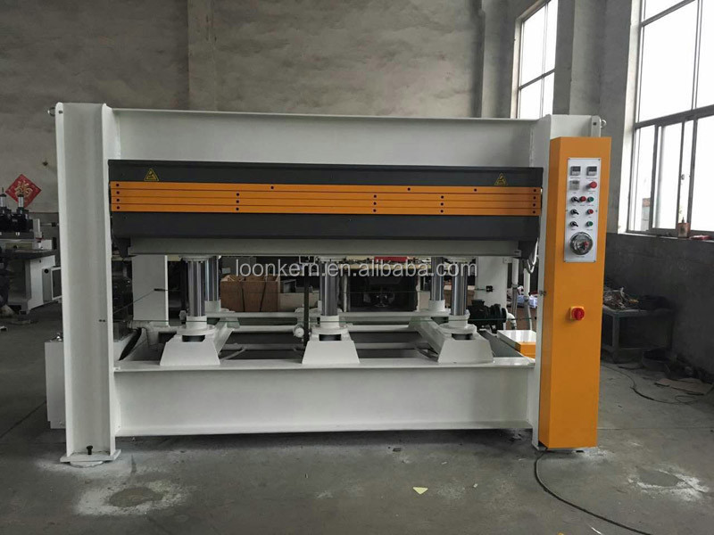 wooden door hot press machine / flush door making machine