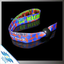 OEM Style Handicraft Manufacturing cheap giveaway festival gifts wristbands