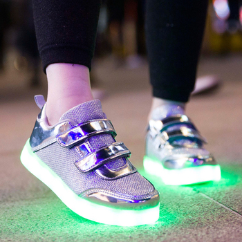 2017 china new fashion model children led casual shoes from factory,cheap kids led light up shoes
