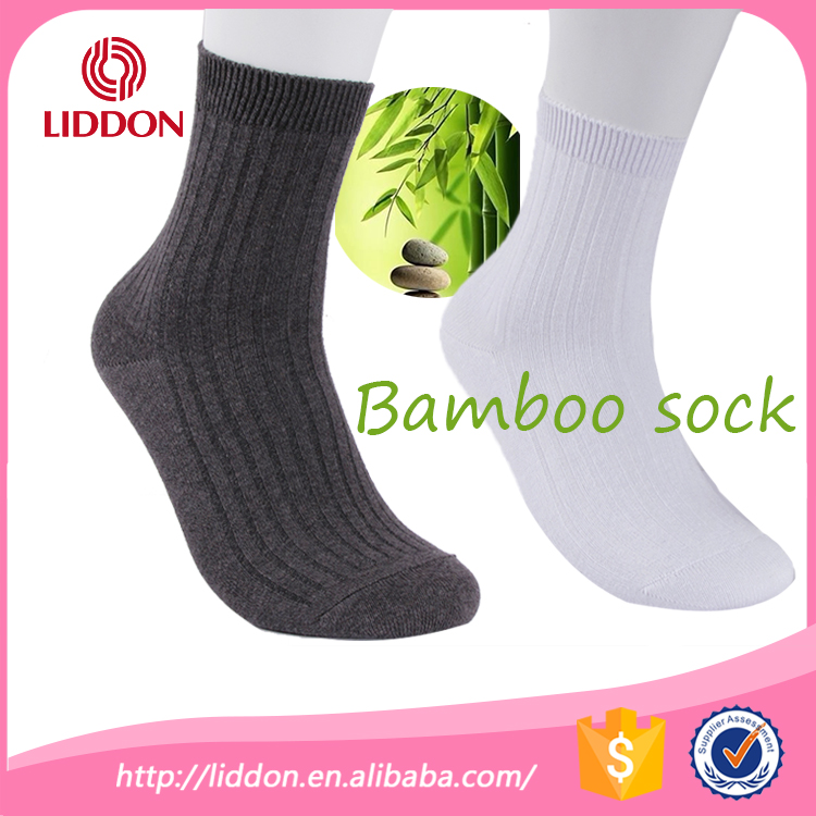 Wholesale footwear products made in china mens soft black crew bamboo socks