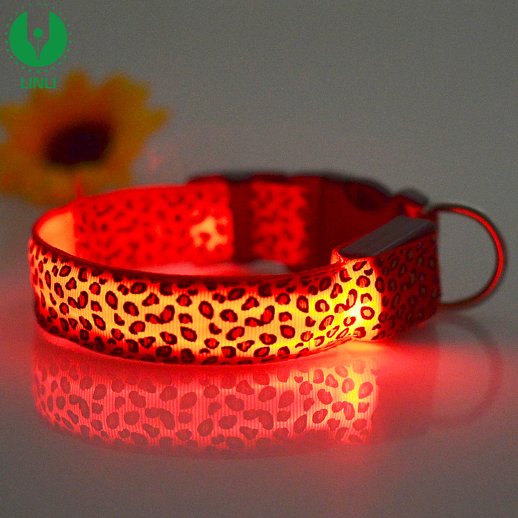 2018 Fashion Waterproof Pet LED Flashing Dog Collar Glow Pet Collar Personalized