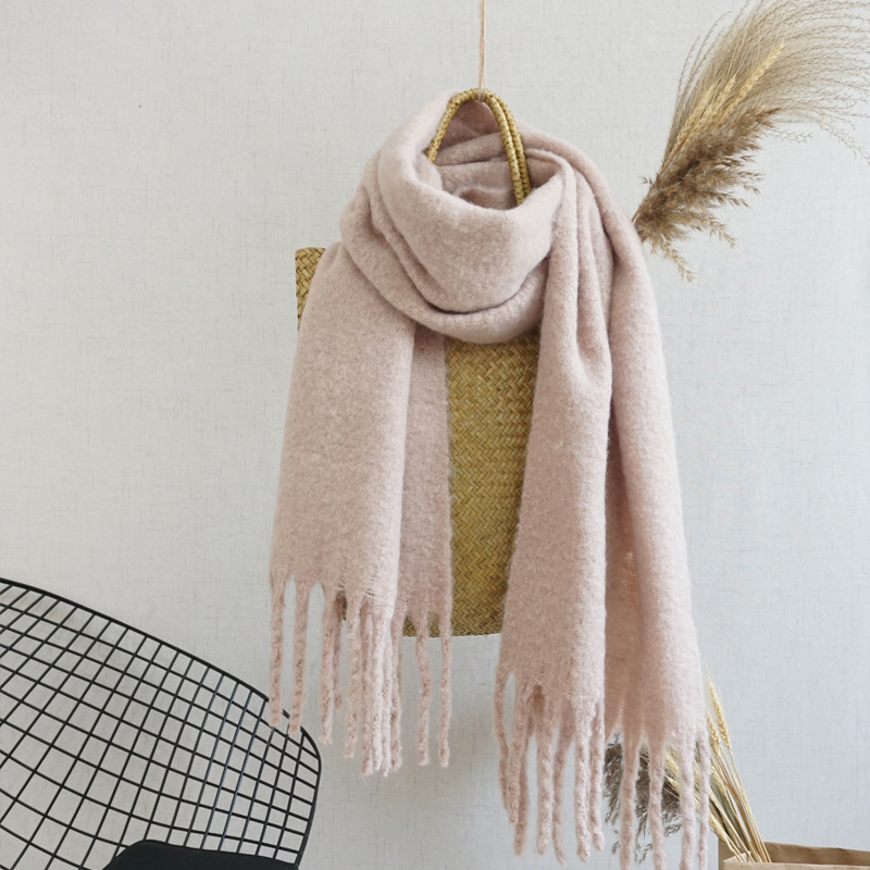 New Fashion autumn and winter solid color circle yarn fluffy young lady plaid <strong>scarf</strong>