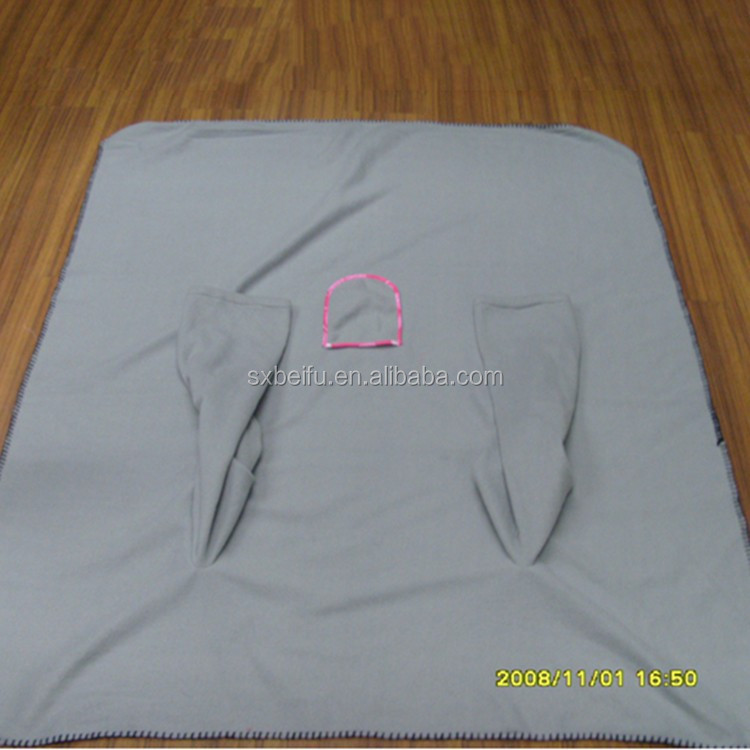 2014 Hot-selling 200gsm Polor Fleece Custom Designed Snuggies For Babies