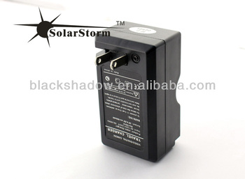 Solarstorm C02 wireless travel 18650 lithium battery charger