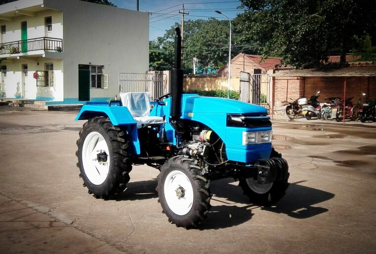 4wd 20-40HP middle tractor