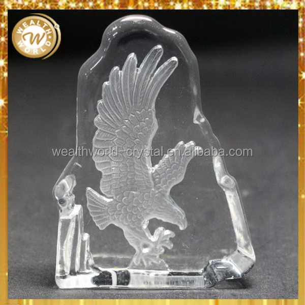 Modern new products decorative crystal showpiece