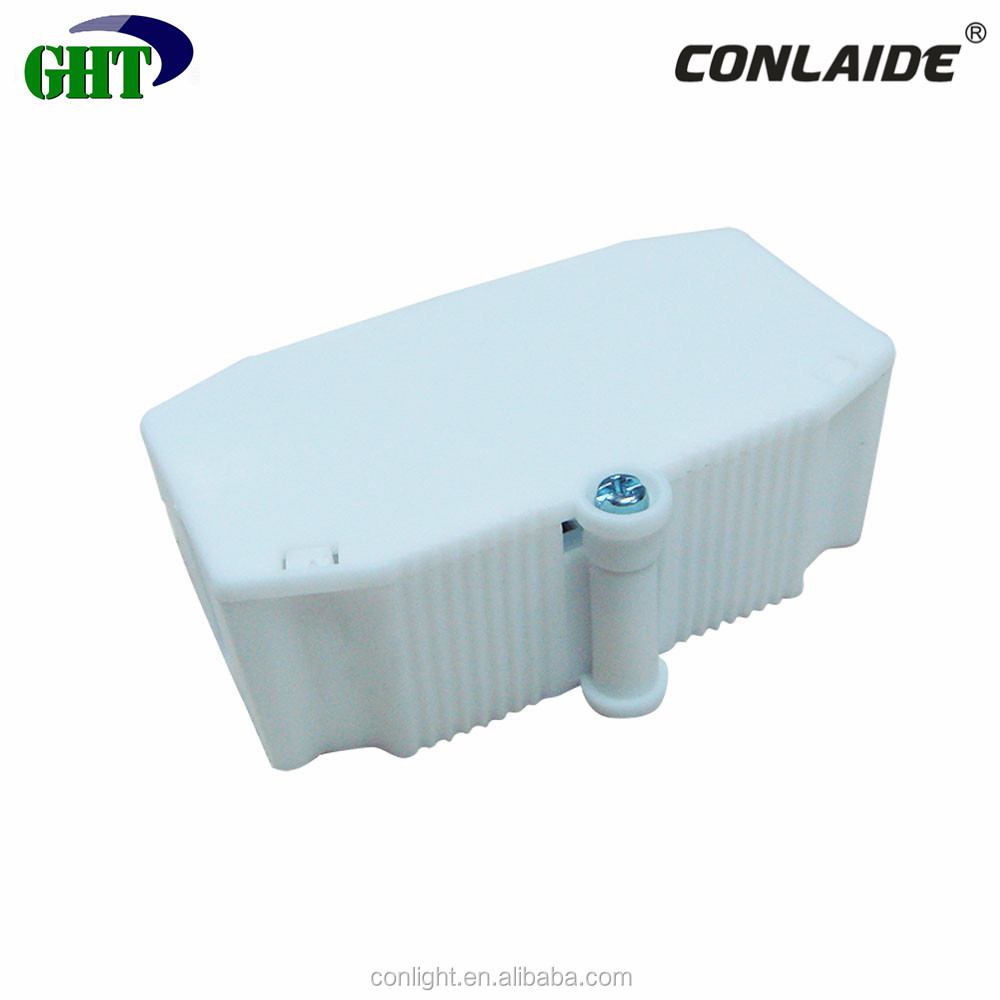 T85 3 Way Plastic Junction Box With Screwless Push In Wire Connector
