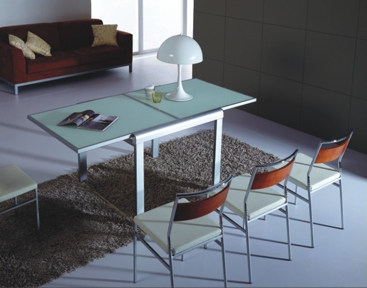 Modern Extendable Long tempered Glass dining Table for 6 people