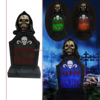 Polyresin skull tombstone led solar light for Halloween decoration