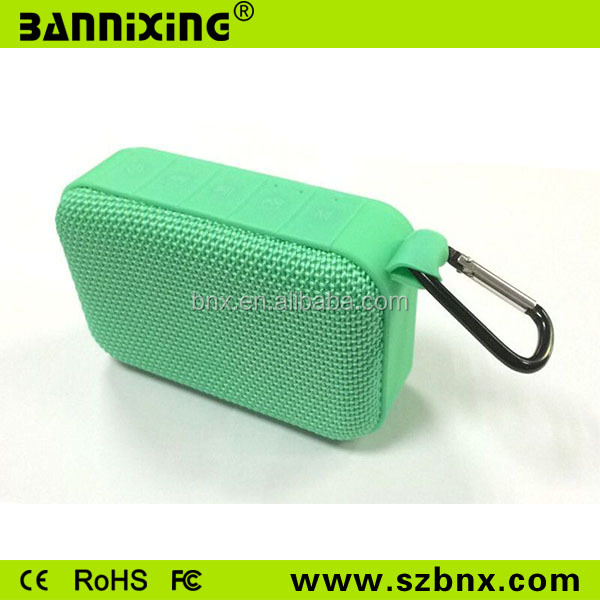 <strong>Q11</strong> portable bluetooth speaker with fm radio