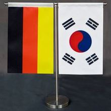 custom national flag printed sticker metal purse hanger, promotional gifts metal folding hangbag hanger table hook